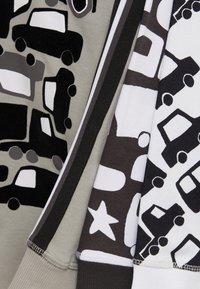 Next - 3 PACK TRANSPORT SNUGGLE  - Pyjama set - grey - 10