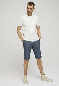 TOM TAILOR - Shorts - blue indigo structure - 1