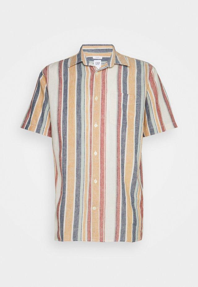 Skjorta - modern red