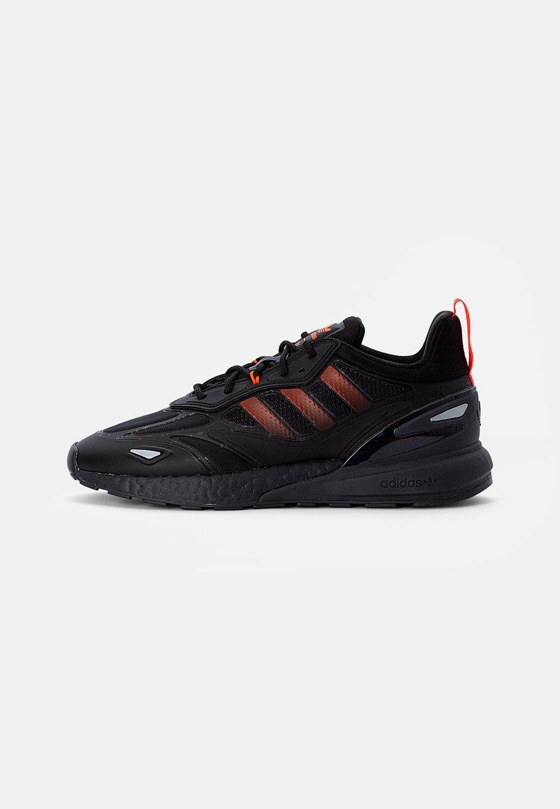 adidas Originals - ZX 2K BOOST 2.0 - Sneakers basse - core black/solar red/carbon
