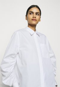 3.1 Phillip Lim - GATHERED - Košile - white - 3