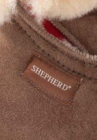 Shepherd - MARIETTE - Slippers - antique cognac - 2