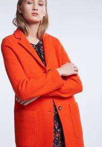 SET - Classic coat - poinciana - 3