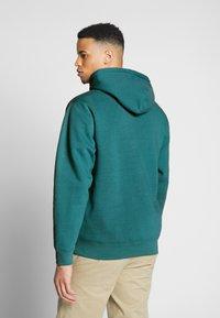Obey Clothing - NOUVELLE HOOD - Luvtröja - eucalyptus - 2