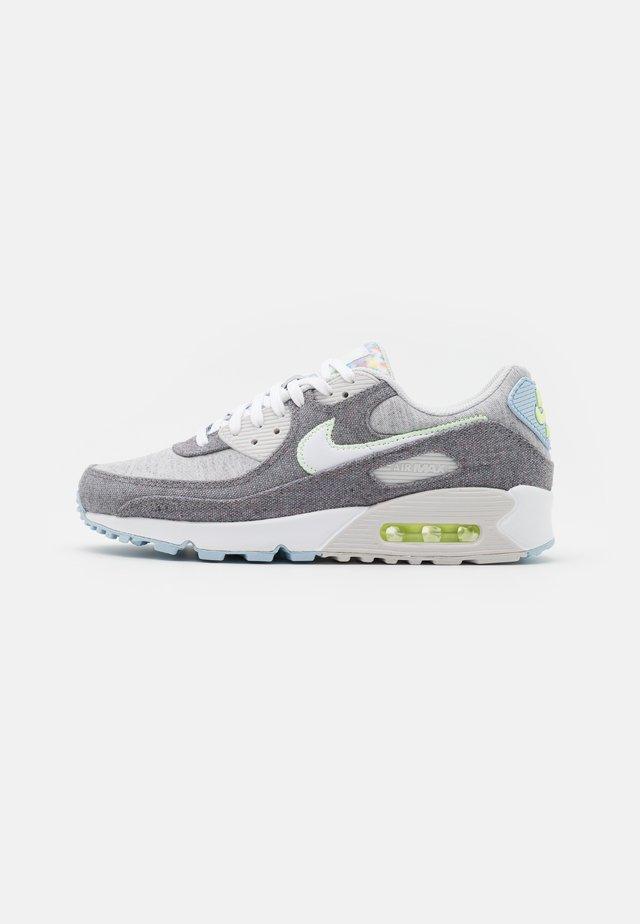 AIR MAX 90 NRG UNISEX - Zapatillas - vast grey/white/barely volt/celestine blue/bright crimson/black
