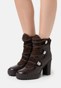 See by Chloé - Kotníková obuv na vysokém podpatku - texan/testa di moro - 0