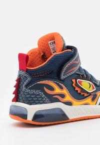 Geox - INEK BOY - High-top trainers - navy/orange - 5