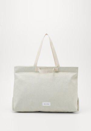 Shopping bags - light blue