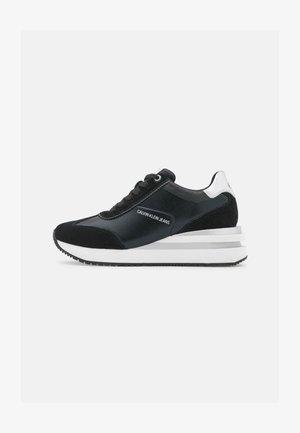 WEDGE LACEUP - Sneakers laag - black