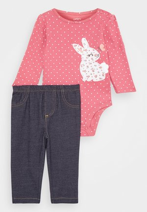 BUNNY SET - Leggings - Trousers - pink