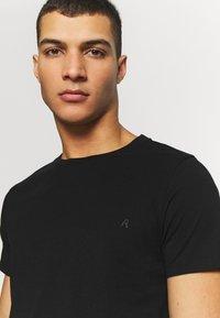 Replay - CREW TEE 3 PACK - Basic T-shirt - black/ grey melange/ bordeaux melange - 3