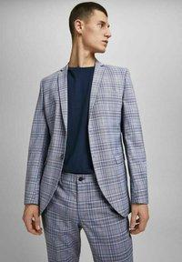 Jack & Jones PREMIUM - Blazer jacket - grey melange - 3