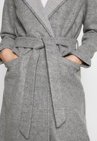 JDY - JDYOVIDA LONG HOOD JACKET - Kort kåpe / frakk - light grey melange - 5