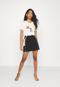 Gina Tricot - IDA TEE - T-shirts print - ecru - 1