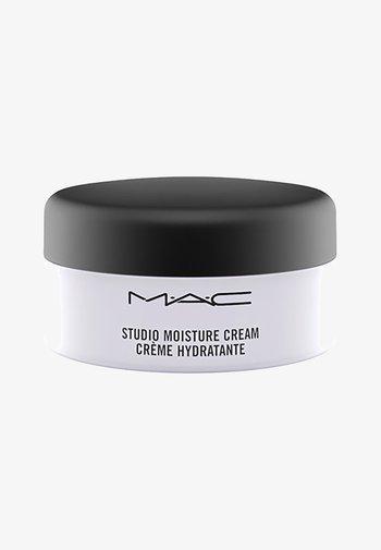 STUDIO MOISTURE CREAM - Face cream - -