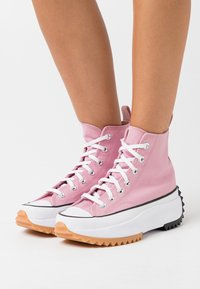 Converse - RUN STAR HIKE - High-top trainers - lotus pink/white/black - 3