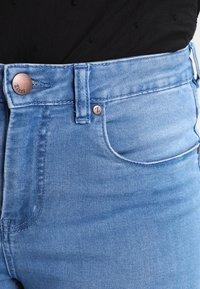 Zizzi - AMY LONG - Jeans Skinny - light blue - 3