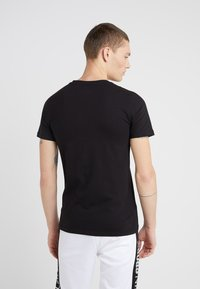 Plein Sport - ROUND NECK ORIGINAL - T-shirts basic - black - 2