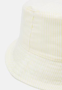 Lindex - HAT SUNCAP STRIPES - Hat - light yellow - 3
