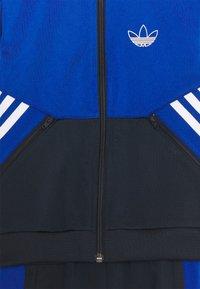 adidas Originals - COLOURBLOCK TRACKSUIT UNISEX - Chaqueta de entrenamiento - team royal blue/legend ink - 3
