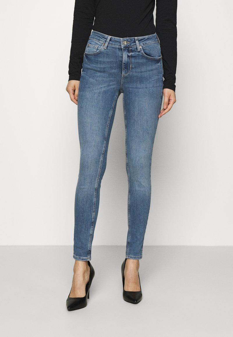 Liu Jo Jeans - DIVINE - Jeans Skinny Fit - blue wash