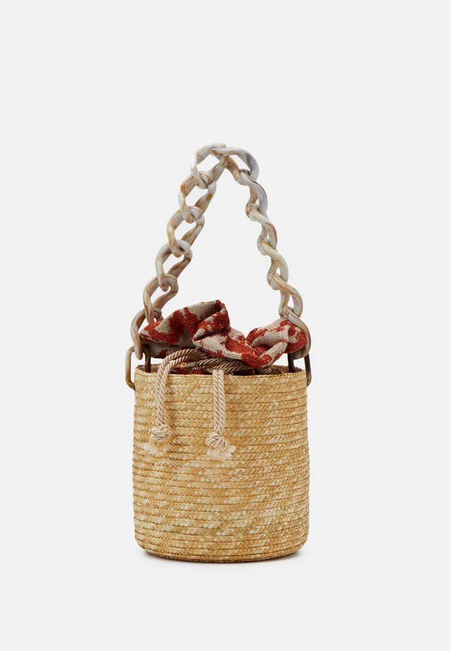 BASKET BROCADE MARBLE CHAIN - Handbag - natural/orange