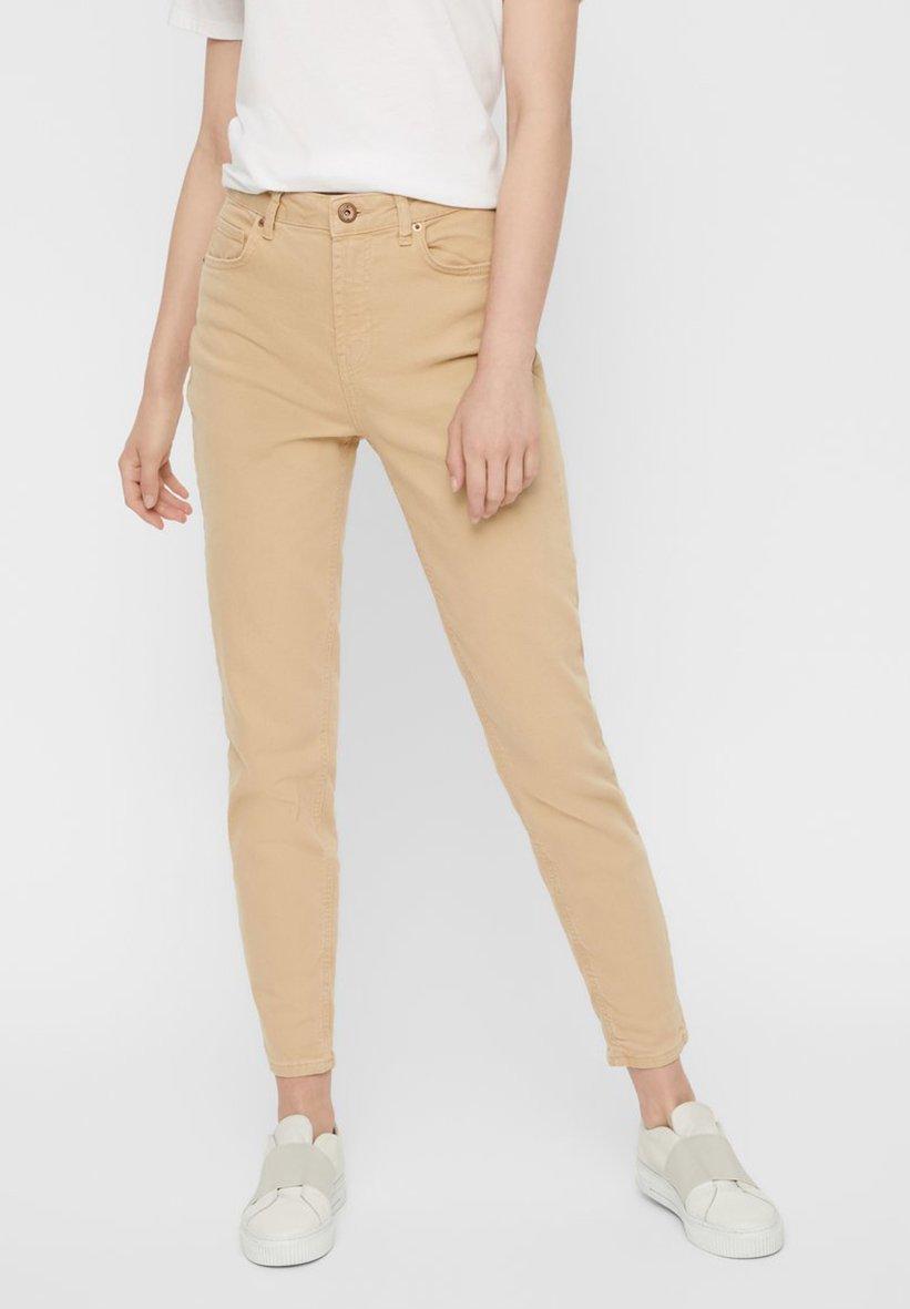 Pieces MOM - Jeans Skinny - warm sand - Jeans Femme eZW2N