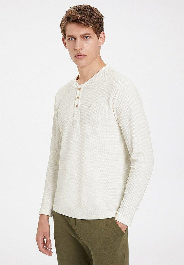 T-shirt à manches longues - whisper white