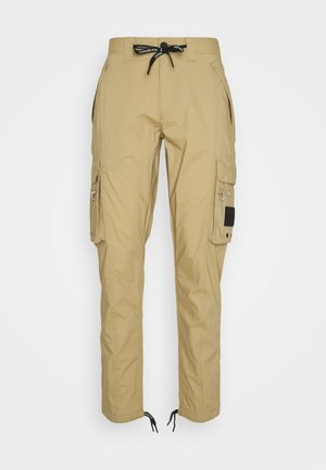 LIGHTWEIGHT PANT - Cargo trousers - beige