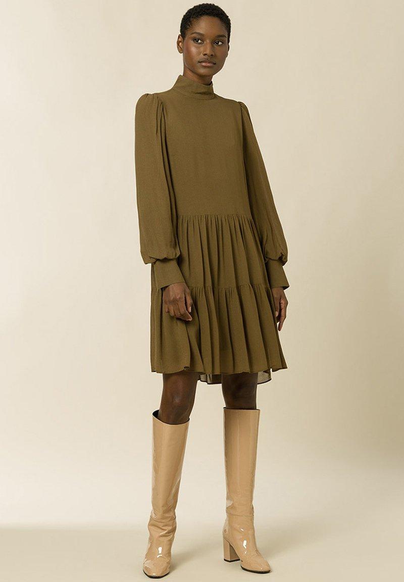 Big Discount Women's Clothing IVY & OAK Shirt dress beech qbqmSqaNy