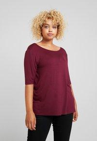 Zalando Essentials Curvy - T-shirt basic - zinfandel - 0