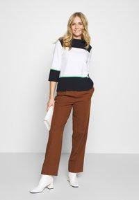 comma casual identity - Sweatshirt - white knit - 1