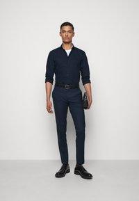 HUGO - ERRIK SLIM FIT - Formal shirt - navy - 1