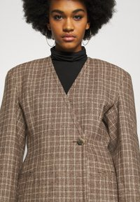Weekday - SHARP  - Short coat - brown - 4
