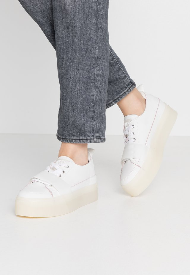 Sneakers laag - white/crystalo white