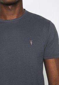 AllSaints - BRACE TONIC CREW - Basic T-shirt - aster blue - 5