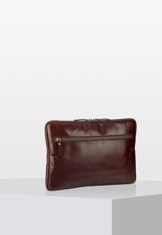 CAMBRIDGE - Laptop bag - brown