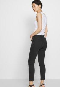 Pinko - SABRINA  - Jeans Skinny Fit - nero limousine - 3