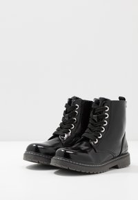 TOM TAILOR - Botines con cordones - black - 3