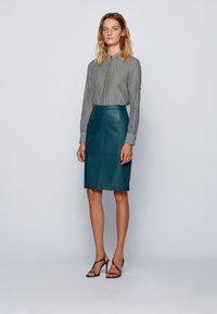 BOSS - EFELIZE_17 - Button-down blouse - patterned - 1
