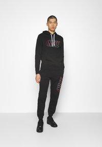 Nike Sportswear - SUIT SET - Träningsset - black - 1