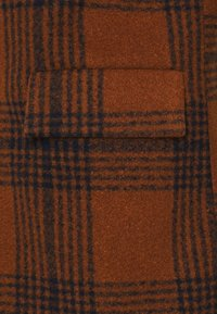 Another Influence - JACE CHECK OVERCOAT - Classic coat - tan - 2
