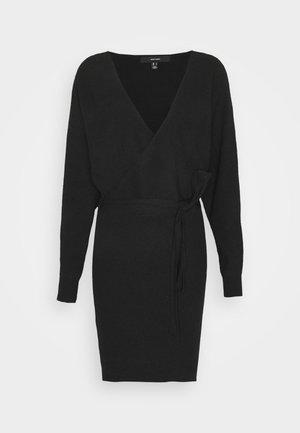 VMREM - Strikket kjole - black