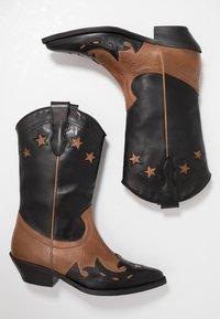 Bianca Di - Cowboy/Biker boots - rock - 3