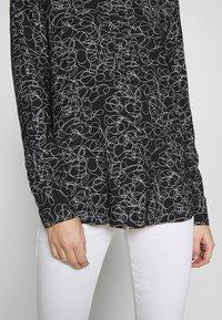 Bruuns Bazaar - SKETCH INGLIS - Camicetta - black - 5