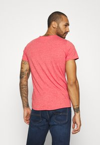 Tommy Jeans - SLIM JASPE V NECK - Basic T-shirt - deep crimson - 2