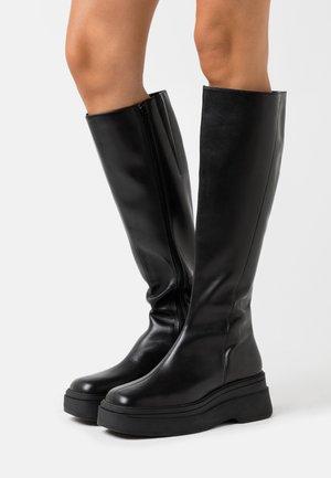 CARLA - Platåstøvler - black