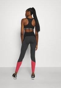 ONLY Play - ONPAJO LIFE - Legging - black melange - 2