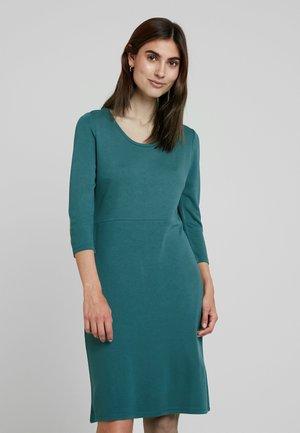 SUSCR - Jersey dress - balsam green