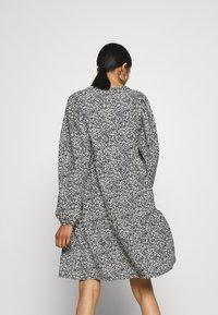 ONLY - ONLZILLE SHORT DRESS - Vestito di maglina - night sky - 3